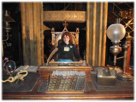 Dumbledore Desk